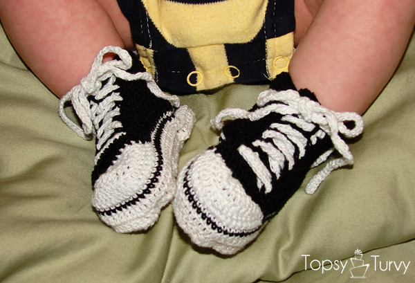 thread-crochet-converse-tennis-shoes
