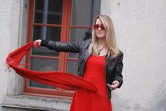 flying scarf (jennymckaysfashionandmusic) Tags: red music brown sunglasses leather fashion lunch king break mckay dress jenny jacket goran stefanovic