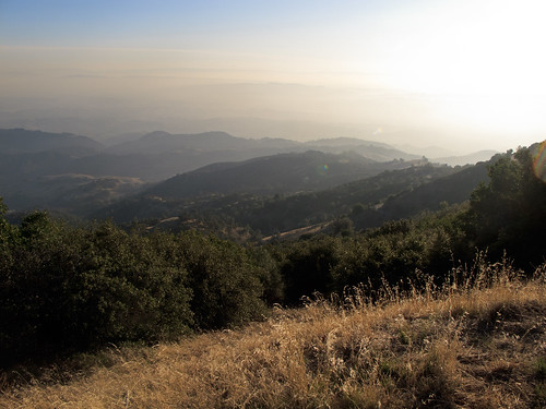 Hazy day on the top of Mount Diablo