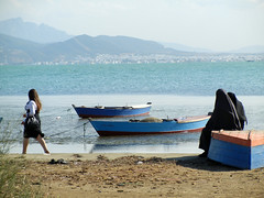 Women by the sea (r.w.r) Tags: sea boats women mediterranean tunisia muslim islam tunis hijab
