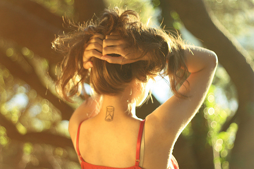 fashion-girl-hair-tattoo-Favim_com-208293