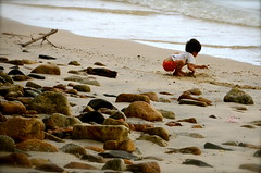 Young Master (Wandering the World in Magic Places) Tags: ocean sea beach nature children nikon rocks asia seasia zen d7000 chinalostandfound