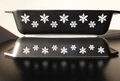 Charcoal snowflakes (PinkyPlatinum13) Tags: black snowflakes charcoal pyrex spacesaver