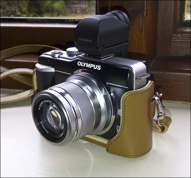 Olympus E-PL1 45mm f/1.8