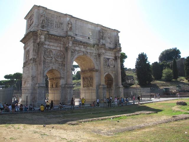 Europe_Trip_Italy_Colliseum_2