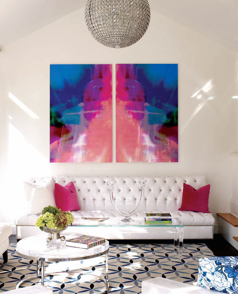 white-modern-chic-living-room-blue-pink-art