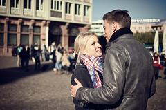 young couple @Römerplatz (patrickbraun.net) Tags: street couple candid frankfurtmain olympuspenep3 leicadgsummilux25mmf14asph top20ffm