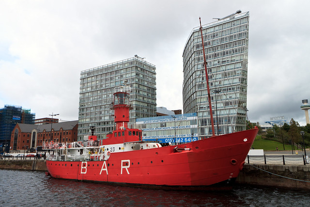 Liverpool. Red ship-bar in Albert Dock