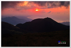 SDIM0229 ( or Jeff) Tags: sunset mountain nature water colors night clouds coast landscapes twilight place shot taiwan sigma explore  taipei   1020mm  discovery   scenes   afterglow foveon landscap  x3     glimmering 18200mm    datun  sd15