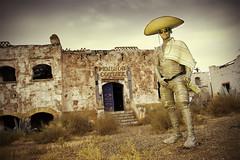 Osborne (sebastianrosas.com) Tags: yellow mexico cowboy cine amarillo western desierto mexicano almera vaquero pensin oeste spaghettiwestern pistolero decorado sombreromejicano