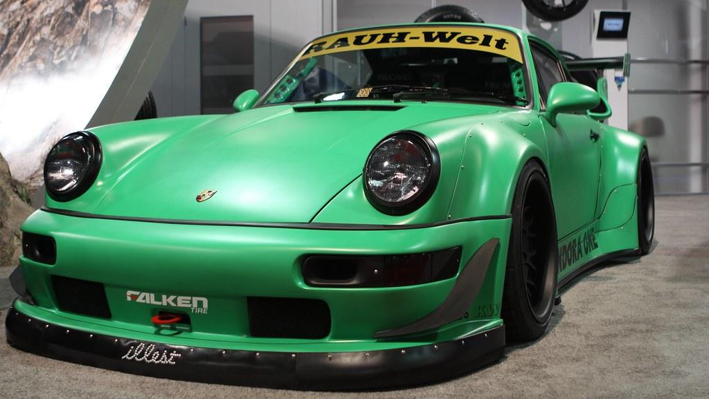 RAUH-Welt 1990 Porsche 911 C4