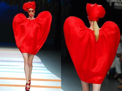 Agatha-corazon-rojo