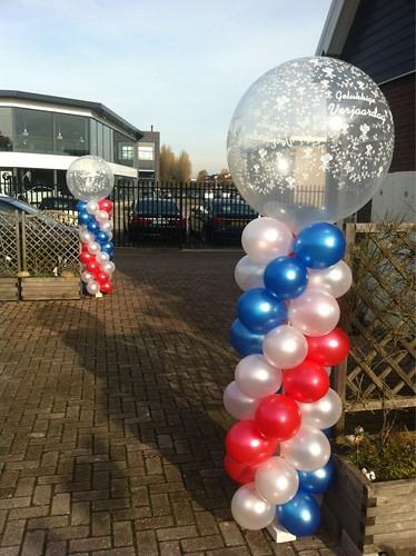 Ballonpilaar Breed Rond Rood, Wit, Blauw, Gelukkige Verjaardag