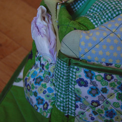 Luiertas (Studio Paars) Tags: baby green bag groen sewing fabric gift quilts patchwork diaperbag hgk showonblog naaien stofjes hetgroenekamertje