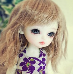 ~LOVE Haewon.. She look so cute with this wig ! (Cute mini doll~) Tags: white yellow lumi atelier haewon latidoll lati momoni