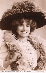 Miss Ellaline Terriss - Lady of 36,222 Days (pepandtim) Tags: postcard old early nostalgic nostalgia 32etl86 belle epoque ellaline terriss rotary lewin 1872 english actress singer edwardian musical comedies 1888 cupids messenger mary herbert haymarket theatre 1893 cinderella henry irving runaway girl 1898 gaiety great war front troops france films scrooge always tell your wife man mayfair four just men 1971 richmond western