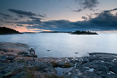 Autumn seascape (Henrik Kalliomki) Tags: sunset sky cloud sun seascape beach nature water rock finland landscape evening bay coast helsinki balticsea shore uusimaa porkkalanniemi canoneos400d graduatefilter porkkalabay ginordicnov