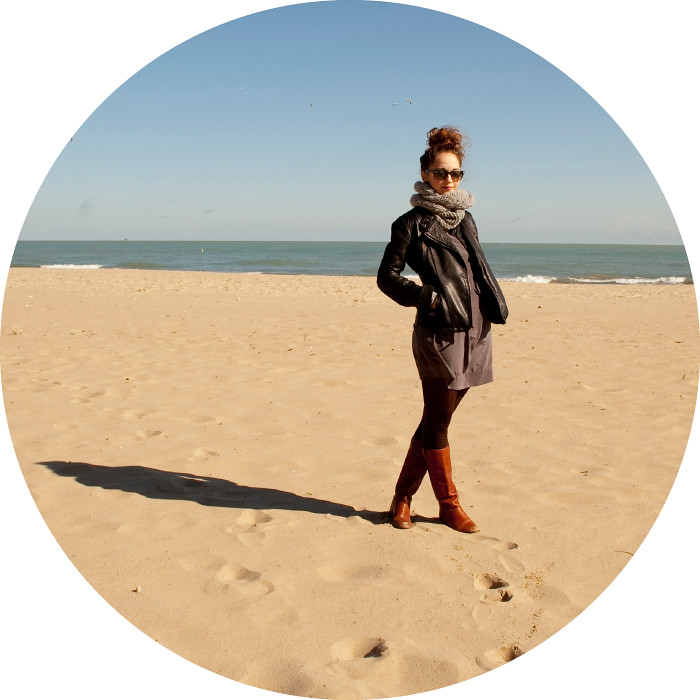 dashdotdotty, lake michigan, beach, outfit blog, daily style, weekend outfit, leather jacket, cognac boots, gray dress, leopard tights