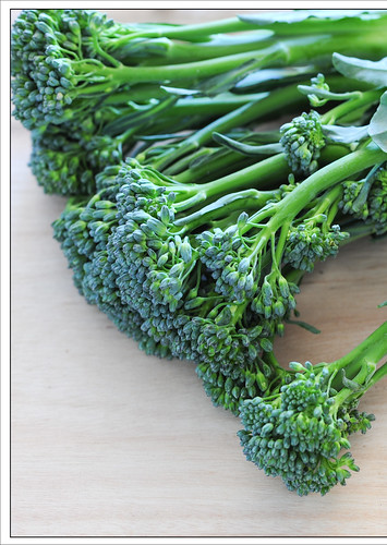broccolini & pine nuts4