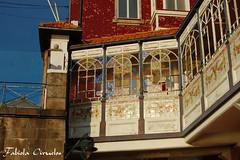 galeria (claverinza) Tags: arquitectura nikon ciudad x porto oporto balcones cristaleras galerias