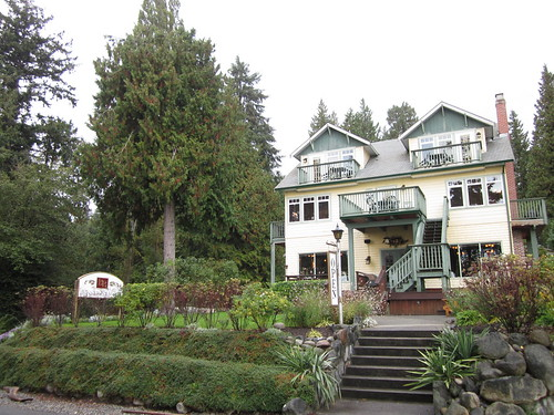 The Bonniebrook Lodge (Gibsons, BC)
