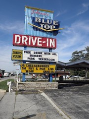 Blue Top Drive-In, Highland, IN (stoneofzanzibar) Tags: neon highland driveins bluetopdrivein
