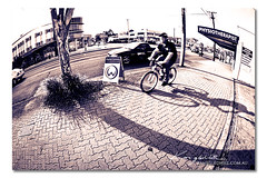 Canon Fisheye Test ([ Kane ]) Tags: street cars bike speed canon lens traffic wide bikes fisheye footpath dcw kanegledhill 815l kanegledhillphotography wwwkanegledhillcomau