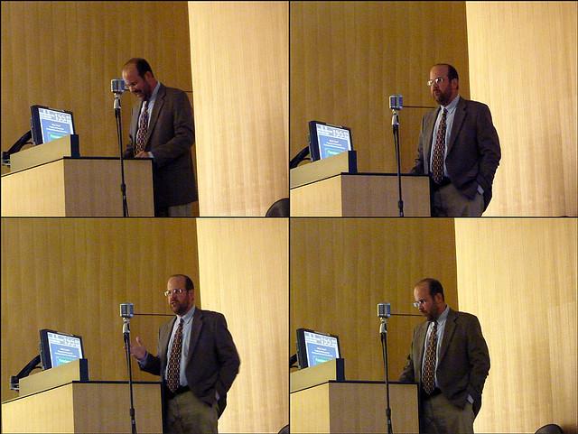 P1010477-2011-10-26-Georgia-Tech-COA-lecture-Dan-Immergluck-4x