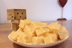 Week 19 - Homemade Fudge (Victoria. A) Tags: cute toy dof efs1855mm fudge danny week19 danbo 52weeks revoltech homemadefudge danboard canoneos1000d victoriaarmstrong
