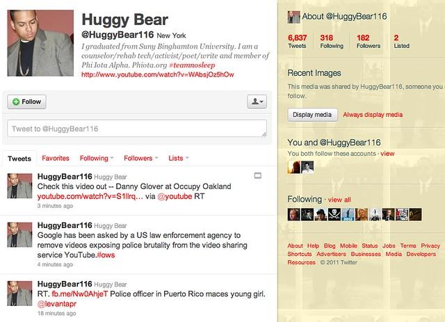 storify_huggy_bear