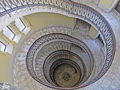 Escalera (Urugallu) Tags: africa canon arquitectura flickr edificio escalera cupula escaleras marmol g12 ceuta escaleradecaracol peldaos antigo powershop urugallu mygearandme ringexcellence