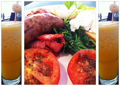 Breakfast at Milk and Honey (Damana) Tags: food breakfast tomato bacon juice egg sausage australia civic canberra spinach act lychee poached milkandhoney