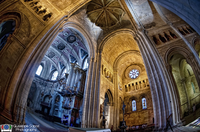 Lisbon Cathedral inside view