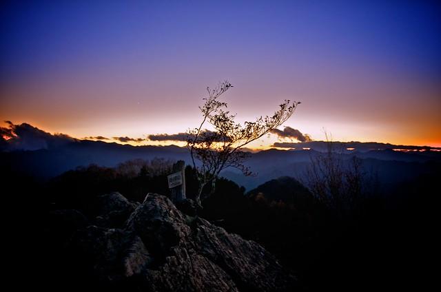 山頂の夕暮れ