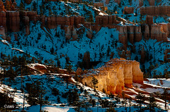Temple of Fire (little m:)) Tags: hoodoo bryce brycecanyonnationalpark snowatbryce