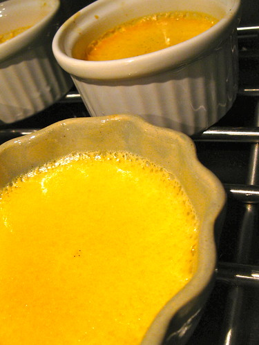 http://singlishswenglish.blogspot.com/ Lemongrass Creme Brulee