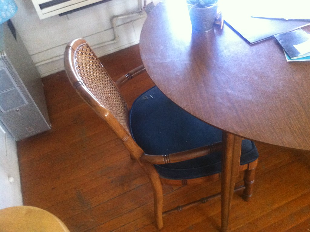 Dining Table w/ 4 Chairs - $90