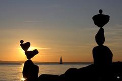 Rockbalance and Sunset (Heiko Brinkmann) Tags: equilibrium counterbalance lakeconstance langenargen gleichgewicht hickoree steinbalancen malerecke lagodicostance