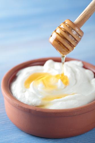 Faça iogurte natural em casa
