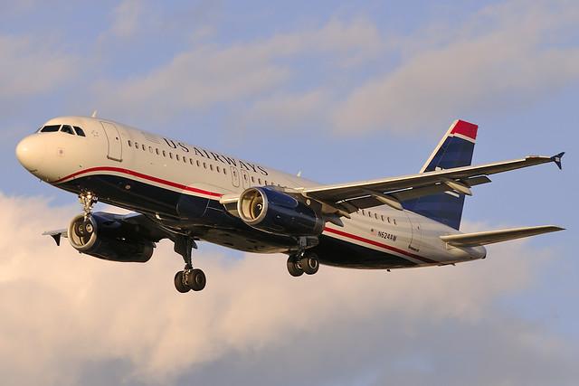 US Airways Airbus A320-231 (N624AW)