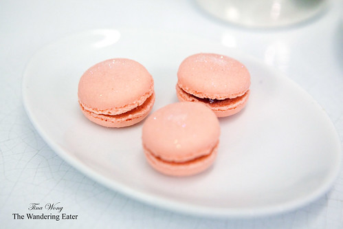 Strawberry and milk chocolate macarons
