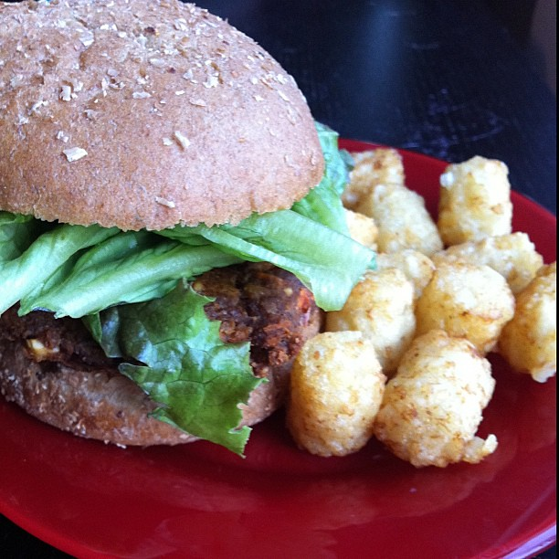 Chipotle sweet potato burger & tots