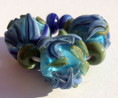 etched blue florals 1 (kitzbitz art glass by Jolene) Tags: blueflowers floralbeads etchedbeads