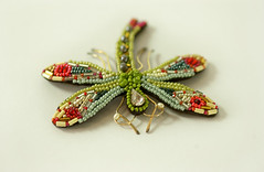 My Beaded Dragonfly is Finished (Elsita (Elsa Mora)) Tags: red green glass bug insect colorful dragonfly handmade embroidery workinprogress libelula embroidered beaded detailed glassbeads seedbeads elsita elsamora
