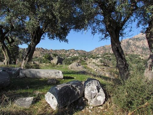Ruins around Kapikiri