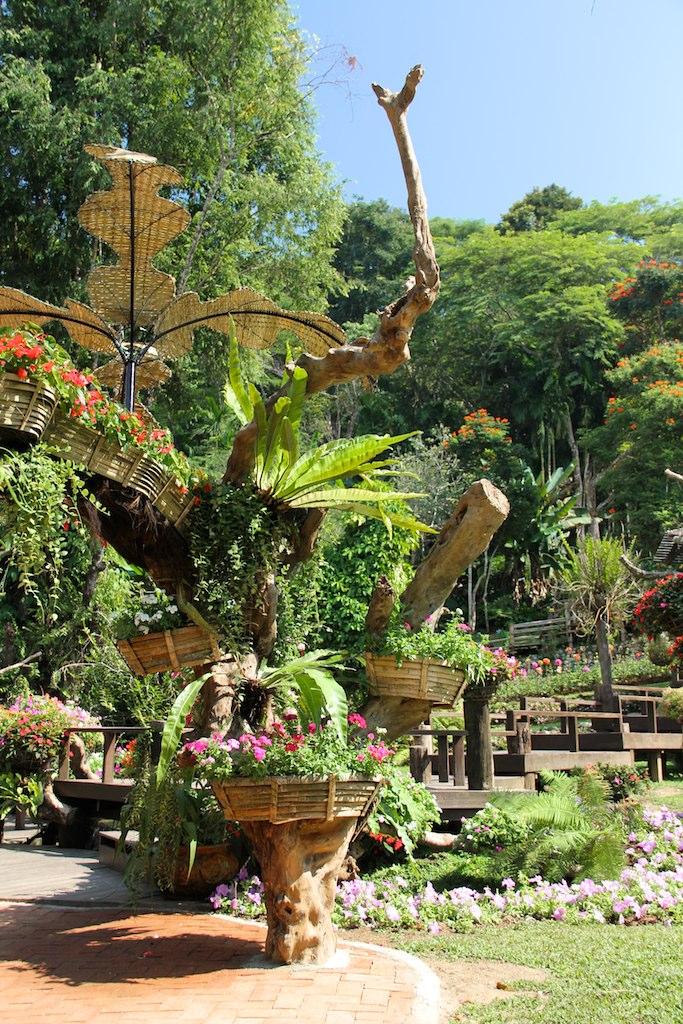 Королевская дача Дой Тунг, сад Королевы