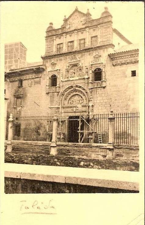 Hospital de Santa Cruz en obras hacia 1930