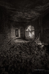 Charbonnage du Gouffre (BE) (Cdric Mayence Photography) Tags: mine decay forgotten urbanexploration coal hdr highdynamicrange coalmine mineur urbex oubli abandonn charbon houille terril explorationurbaine charbonnagedugouffre gueulenoir