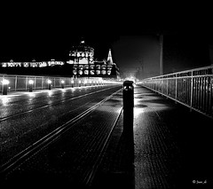 Night and lights ( Juan_de) Tags: blancoynegro blackwhite noiretblanc pretoebranco biancoenero