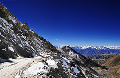 The Road to Leh - Looking down from the Chang La (Anoop Negi) Tags: road portrait india photography for la photo media image photos delhi indian bangalore creative images best po kashmir mumbai leh anoop chang ladakh negi photosof ezee123 imagesof jjournalism